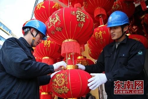 浦城:检查安全用电确保百姓红红火火迎新年